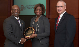 Bartee Among UM Faculty Honored With Diversity Awards